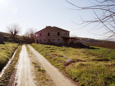 Farmhouses Marche - Side of the house